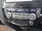 左右独立温度設定可能なオートエアコンです