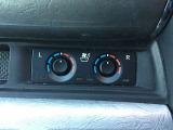 フロントシート、セカンドシートはシートヒーター、ベンチレーターが完備されています。