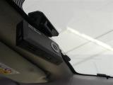 もしもの際に大変役に立つ、ドライブレコーダーをオプション装備!