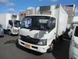 デュトロ 4.0 低床 ディーゼル 4.0ディーゼル2.95t冷蔵冷凍車