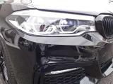 アダプティブLEDヘッドライト+LEDフロントフォグ!