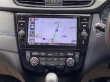 日産オリジナルナビゲーションはタッチパネルで操作も簡単、また駐車場でのバック時にはカメラ映像をモニターに映し出し障害物なども確認しながら安全に駐車できます。