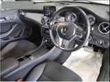 CLAクラス CLA250 4マチック 4WD