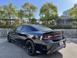 BCDでは、国内で流通していないハイパフォーマンス車からヴィンテージカーまで、豊富なラインアップが特徴です。