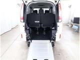 エスクァイア 2.0 Xi ウェルキャブ スロープタイプ タイプII サードシート付 4WD