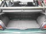 バカラ用のスーツケース付きリアトレーを奢っています。