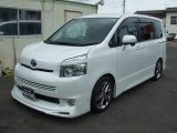 トヨタ ヴォクシー 2.0 Z