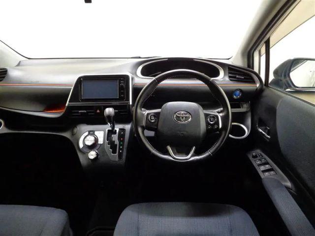 トヨタ ハイエース 3.0 スーパーカスタムG リビングサルーンEX ディーゼルターボ 3ムーンルーフ 13258