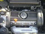 エンジンは1600です。
