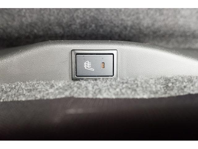 運転席、助手席エアバック標準装備です