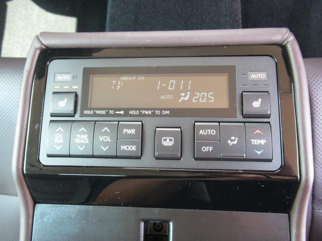トヨタ グランドハイエース  ビークル グランドベッセルファミーユ 4WD
