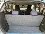助手席の足元も広くロングドライブも最適です!