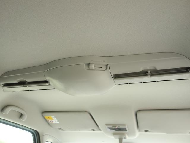 ●ブラックハーフレザーシート●前席シートヒーター『輸入車ならではの洗練されたインテリア!シートの使用感も少なく綺麗な状態です!』